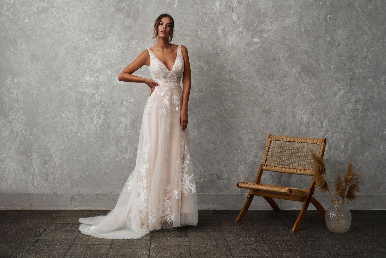 Vintage Wedding Dress UK - Alternative Wedding Dress - 2