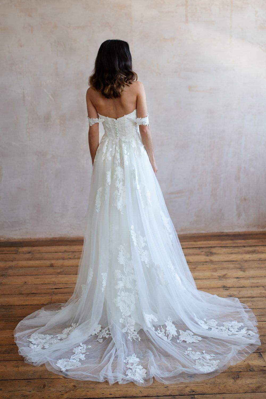Bridal Shops Near Me Bridal Shops London Wedding Dresses Lace Lace Wedding Dresses Wedding Dress Lace Lace Wedding Dress Wedding Dresses Boho Wedding Dress 9 4