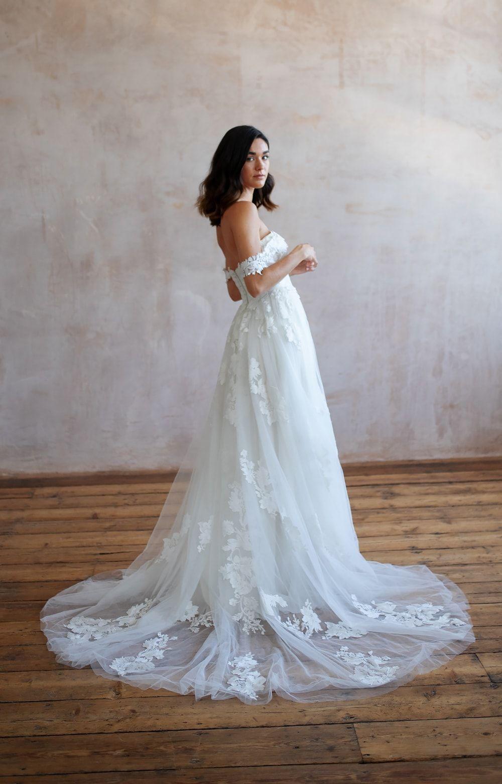 Bridal Shops Near Me Bridal Shops London Wedding Dresses Lace Lace Wedding Dresses Wedding Dress Lace Lace Wedding Dress Wedding Dresses Boho Wedding Dress 9 5