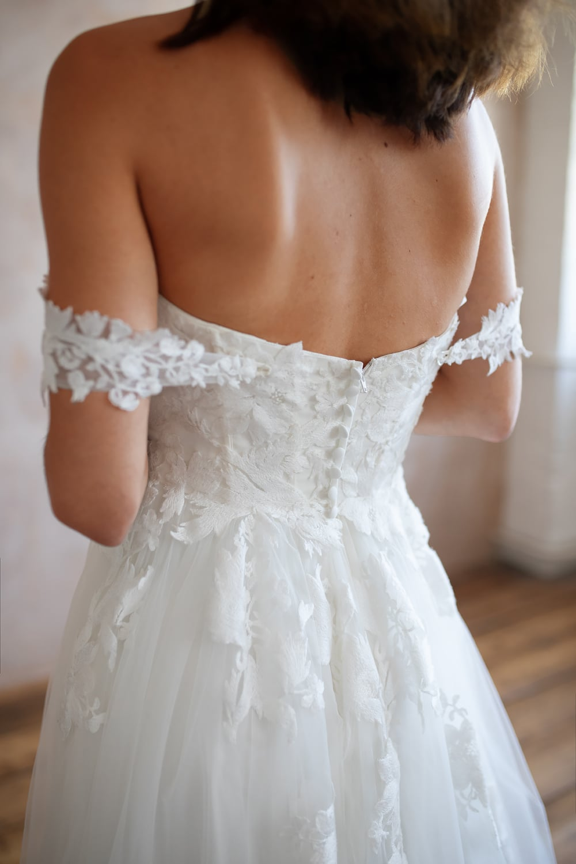 Bridal Shops Near Me Bridal Shops London Wedding Dresses Lace Lace Wedding Dresses Wedding Dress Lace Lace Wedding Dress Wedding Dresses Boho Wedding Dress 9 7