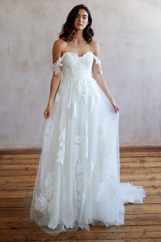 Bridal Shops Near Me Bridal Shops London Wedding Dresses Lace Lace Wedding Dresses Wedding Dress Lace Lace Wedding Dress Wedding Dresses Boho Wedding Dress 9 8 1