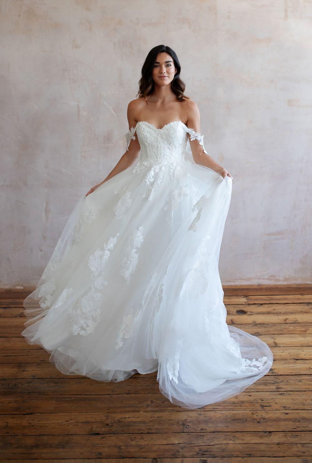 Bridal Shops Near Me Bridal Shops London Wedding Dresses Lace Lace Wedding Dresses Wedding Dress Lace Lace Wedding Dress Wedding Dresses Boho Wedding Dress 9 9