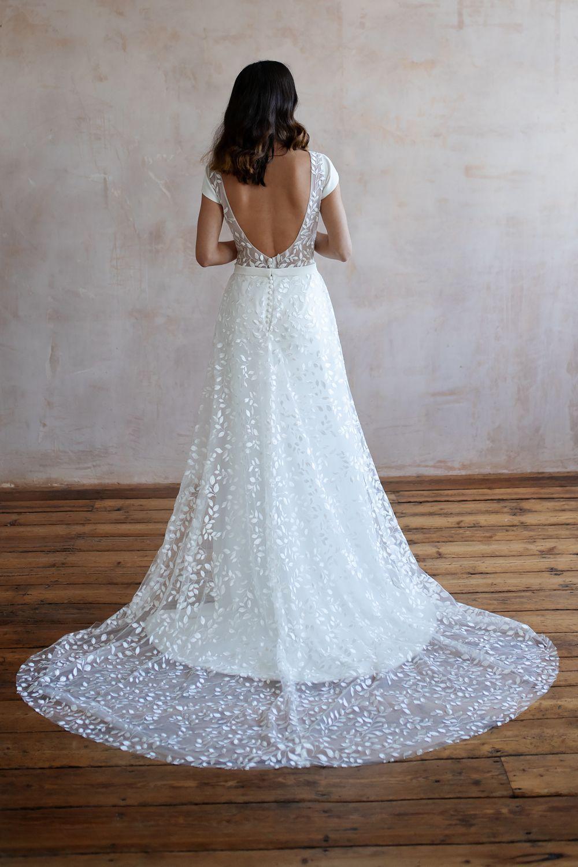 Wedding Dresses Lace Bridal Shops Near Me Bridal Shops LondonLace Wedding Dresses Wedding Dress Lace Lace Wedding Dress Wedding Dresses Cap Sleeve Wedding Dress 6 4