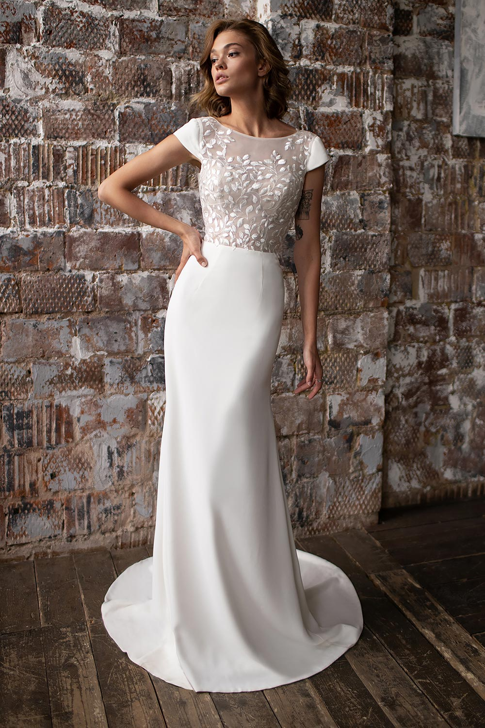 wedding dress detachable skirt wedding dress with detachable skirt crepe wedding dress with overskirt 1