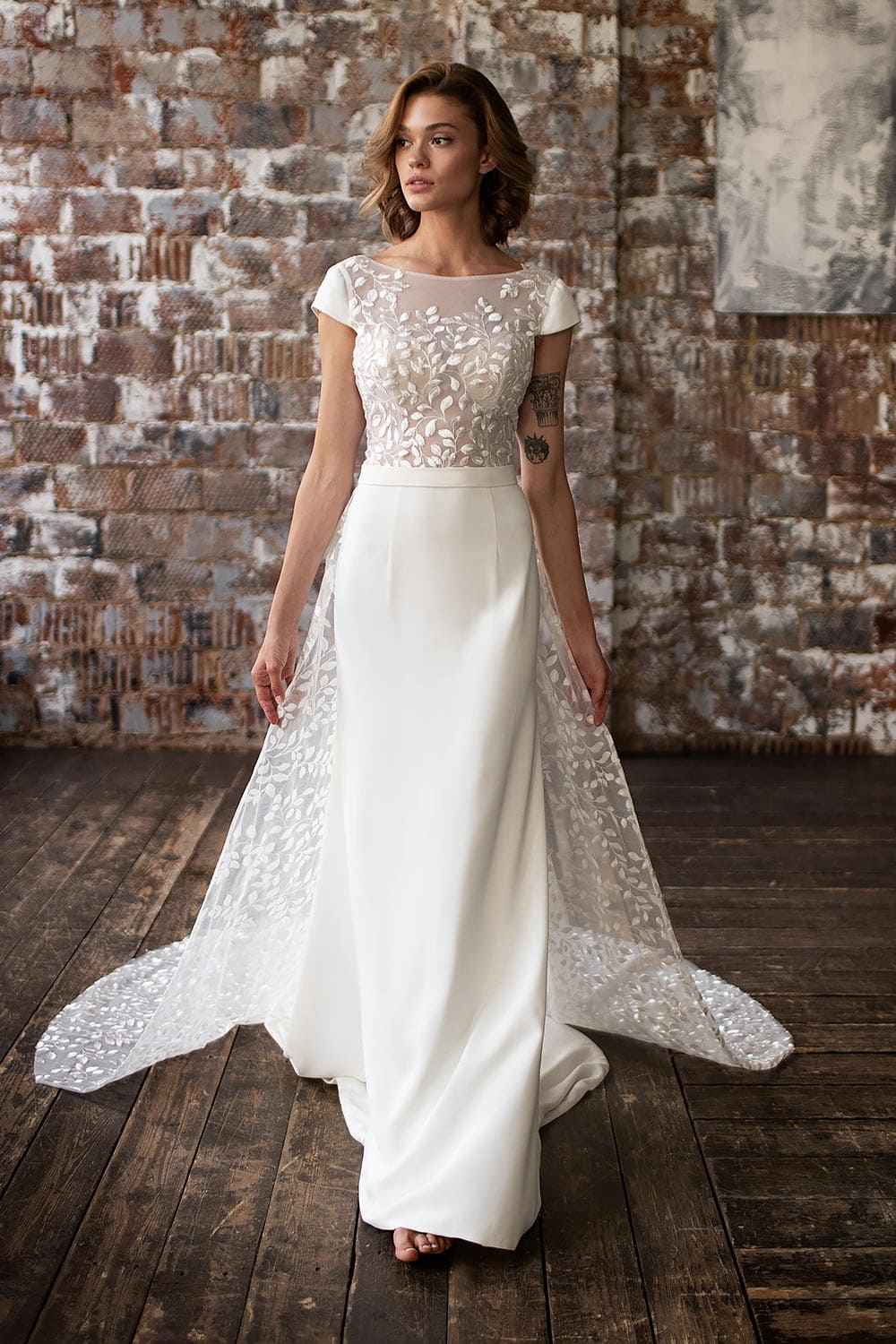wedding dress detachable skirt wedding dress with detachable skirt crepe wedding dress with overskirt 14
