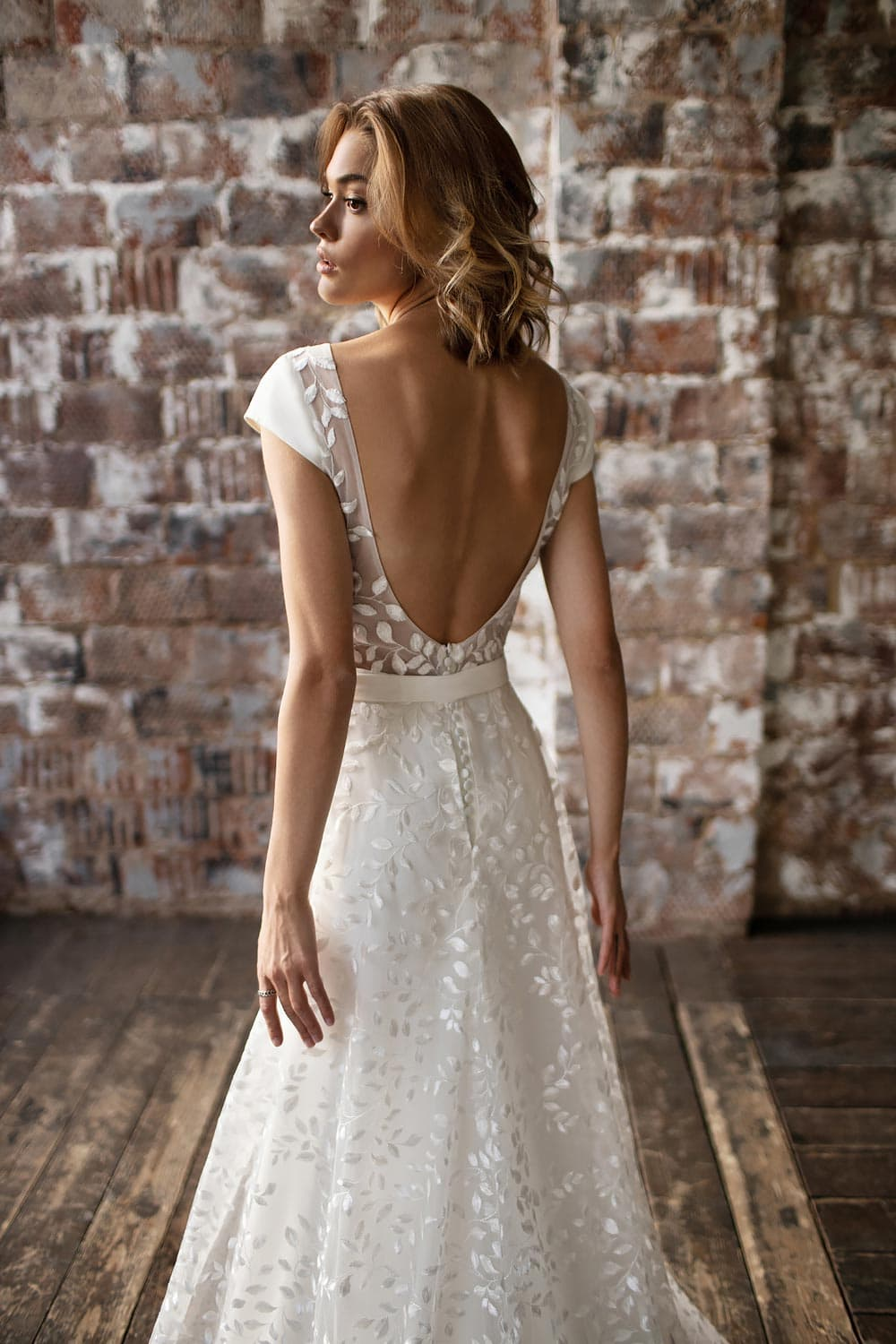 wedding dress detachable skirt wedding dress with detachable skirt crepe wedding dress with overskirt 17