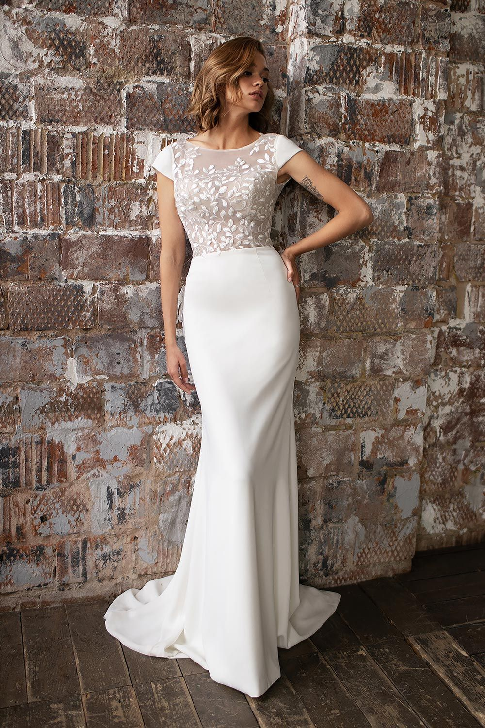 wedding dress detachable skirt wedding dress with detachable skirt crepe wedding dress with overskirt 5
