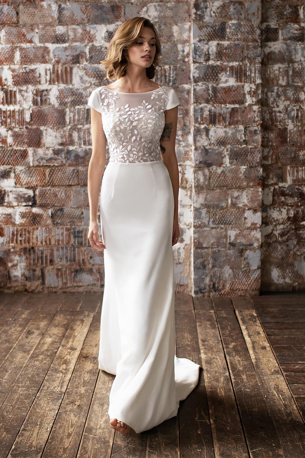 wedding dress detachable skirt wedding dress with detachable skirt crepe wedding dress with overskirt 6
