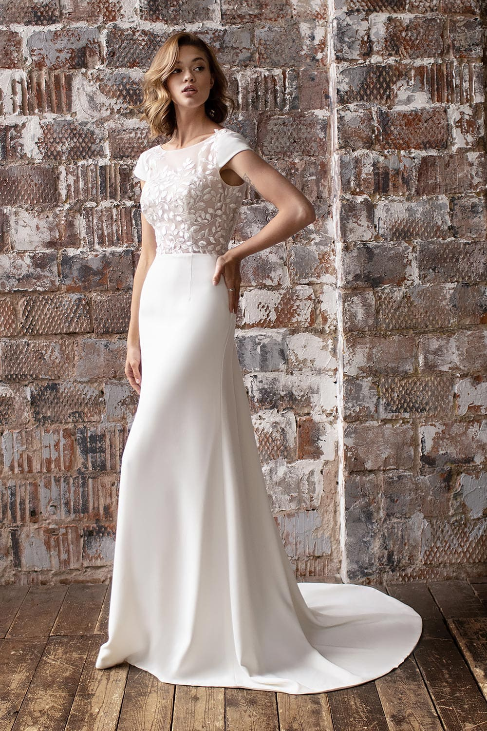 wedding dress detachable skirt wedding dress with detachable skirt crepe wedding dress with overskirt 8